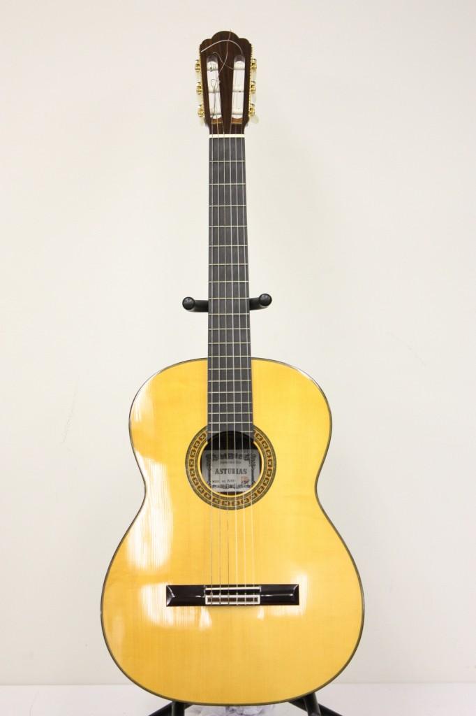 A10S クラシックギター
