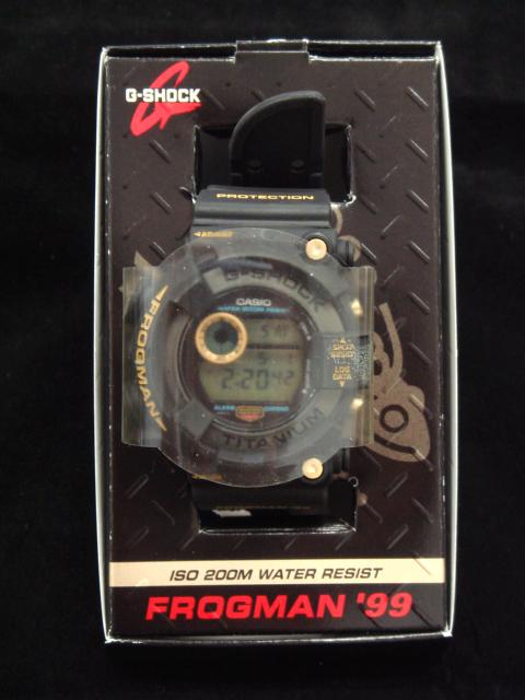 腕時計 G-SHOCK DW-8200BU-9AT
