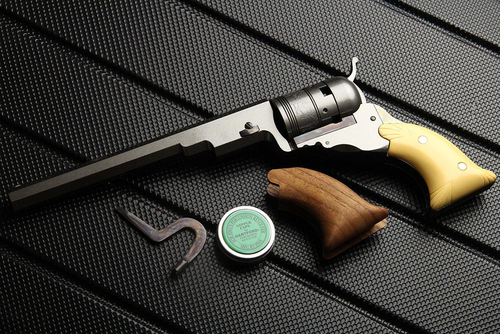 ハートフォード テキサスパターソン アップグレード 7-1/2インチバレル 発火式モデルガン シェル・レリーフ・グリップ付