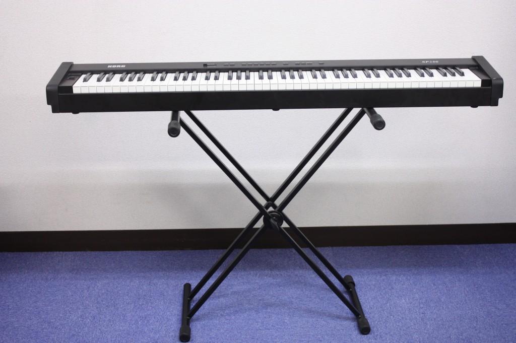 電子ピアノ(SP100)