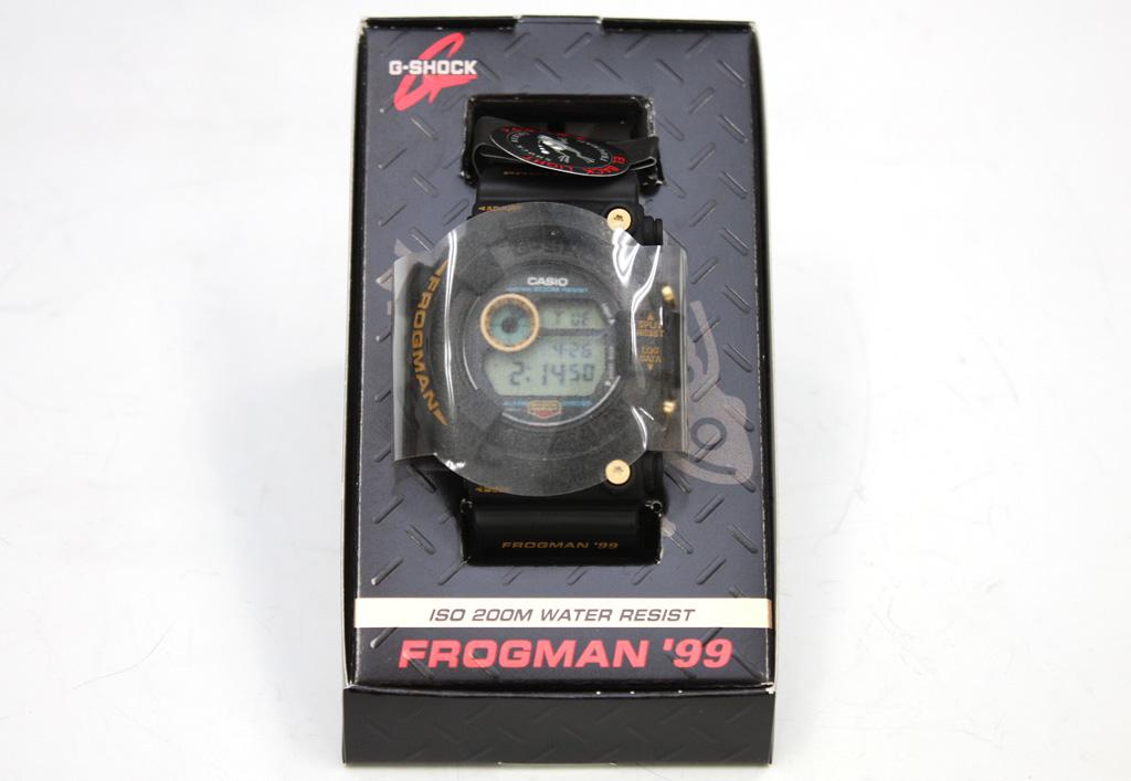 G-SHOCK フロッグマン99 DW-8200BU-9AT 黒金蛙 ゴールドチタン スクリューバック
