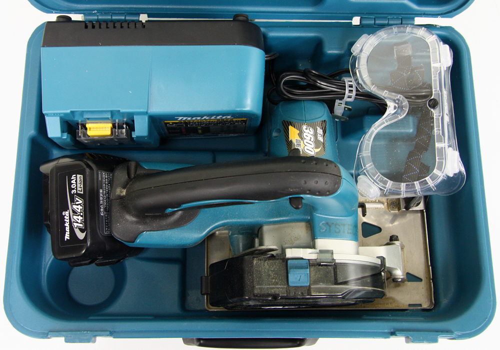 充電式チップソーカッタ CS540DRF