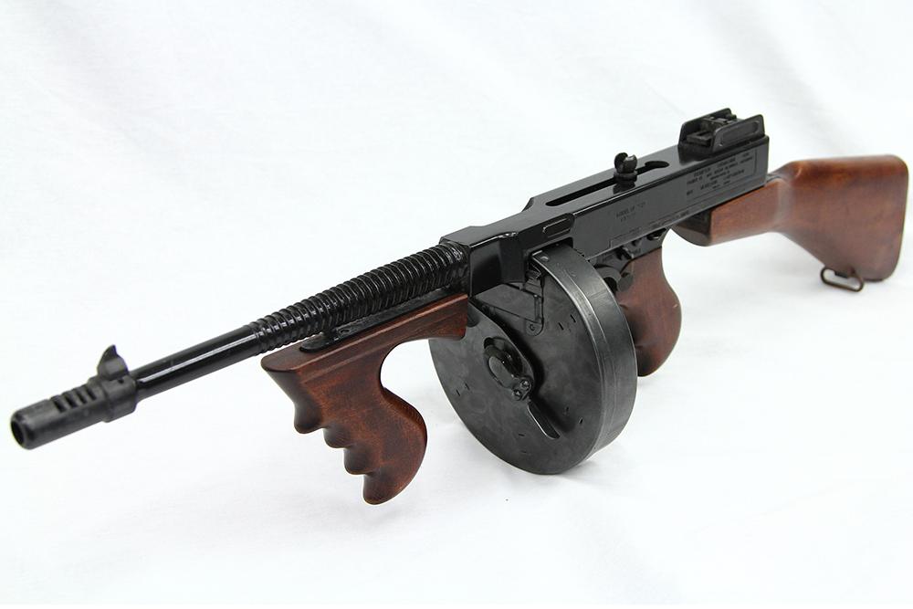 トンプソン M1921 モデルガン ドラムマガジン付き