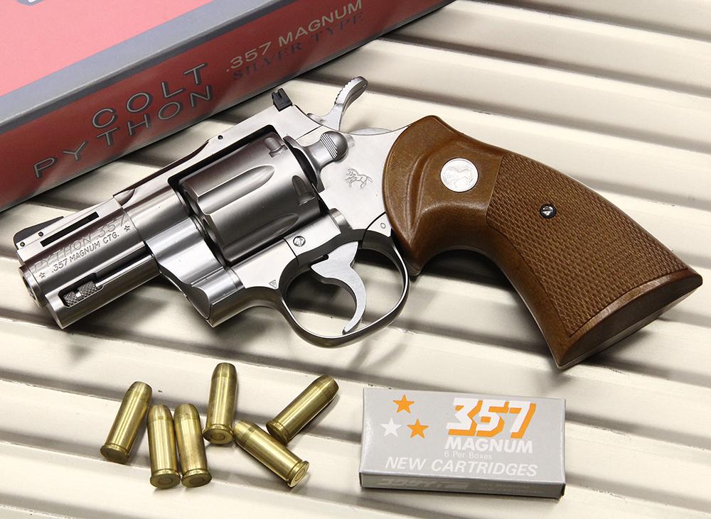 コルトパイソン .357マグナム 2.5インチ シルバータイプ モデルガン