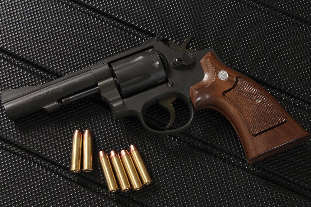 Smith&Wesson M19 4インチ HW ホルスター付き