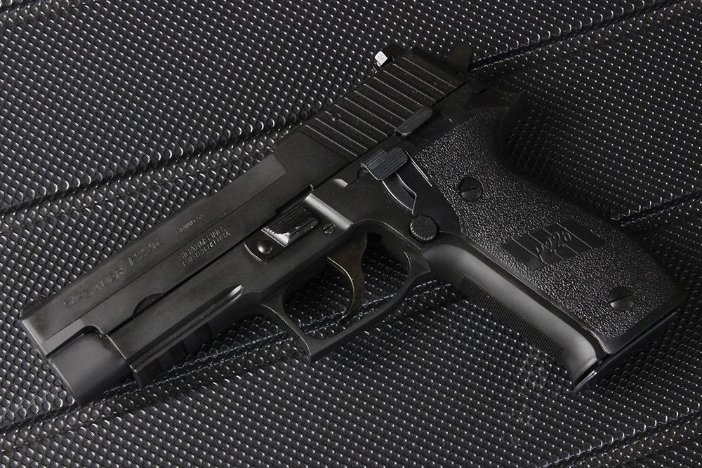 SIG SAUER P226 レイルドフレーム エボリューション HW モデルガン