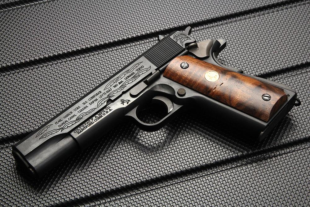 ガバメント M1911A1 第二次大戦記念モデル HW モデルガン