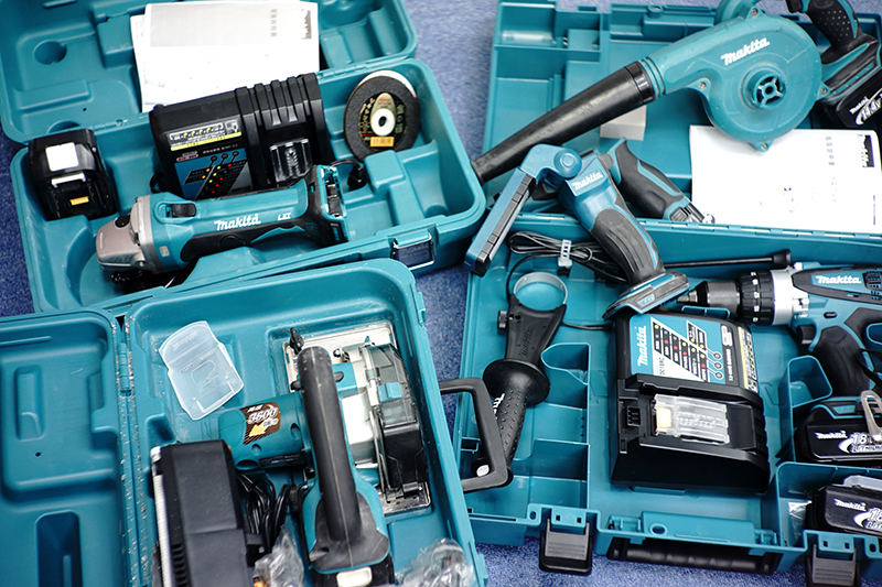 Makita HP458DRFX GA402DRF CS540SRF
